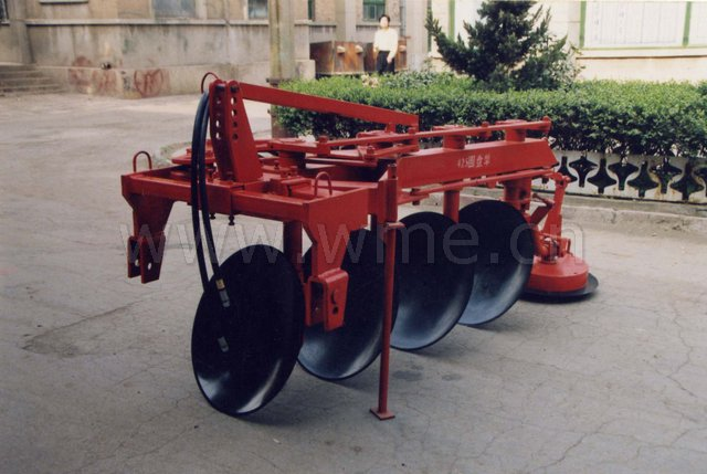 Reversible disc plough 1LY(SX)-425.jpg (72KB)