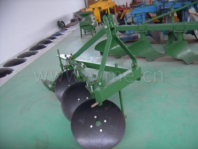 Disc Plough 1LY-320.jpg (47KB)