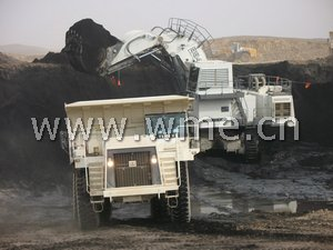 TEREX dump truck TR100 in worksite